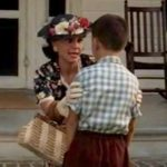 Momma explains to Forrest that he's no different than anyone else