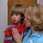 Jenny asks her son to say, 'Hello' to Forrest