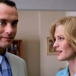 Forrest learns that Jenny is a mother and her son's name is Forrest